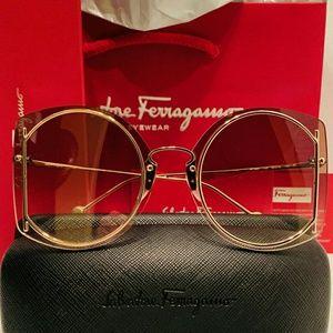 Salvatore Ferragamo Sunglass Style 196S
